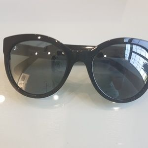 Authentic Chanel Sunglasses Black (Retail $350)